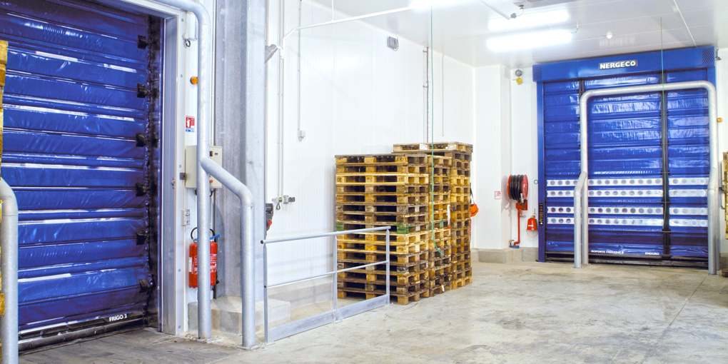 High-speed cold storage doors