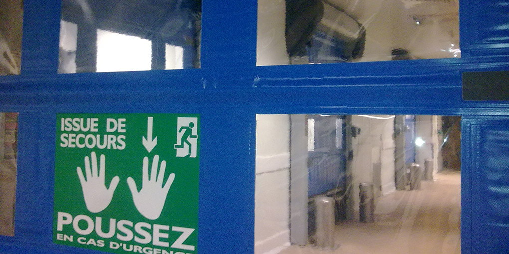 Laboratory emergency exit door